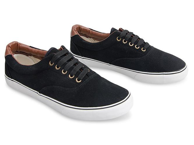 Czarne sandały na słupku Penelope